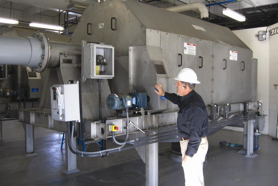 Inspection of the Rotoshear internally fed rotary screen