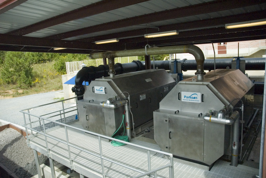 Rotomesh® PF Rotary Drum Fine Screen units at an installation
